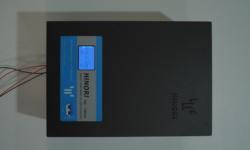 Máy ổn định điện áp
